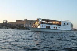 Dahabiya sailing between Aswan and Abu Simbel in lake Nasser for 03 or 04 nights if you are looking for relax and privacy.