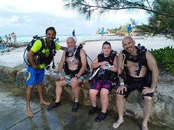 Family dives!!
