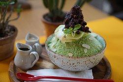 Matcha green tea bingsu