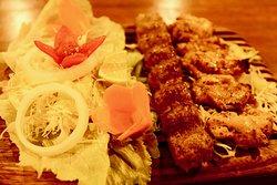 Vaziri Kebab - mixed of Joojeh and Koobideh