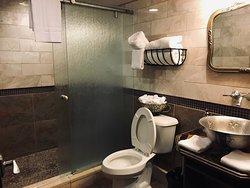 Copland Bathroom