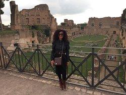 Visitar Roma y no visitar el Foro es como ir a Paris y no visitar la Torre Eiffel.