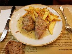 Lomo de cerdo asado (plato del día).