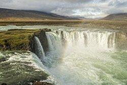 www.passion-islande.com... Suivez le guide et photographe !