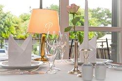 Im Schwabe's Restaurant können sie auch bequem online einen Tisch reservieren