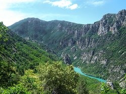 One of the area`s major attractions: the breath-taking Verdon Gorge and Canyon