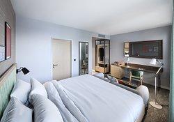 Standard bedroom Hilton Garden Inn Paris Orly Airport