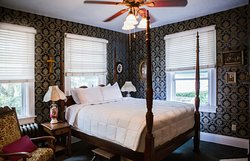 """""""The Blue Room"""" - Queen room includes: Private bath, queen bed, radio, 36' Smart TV and basic cable."""