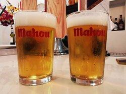 Deliciosa cerveza Mahou!