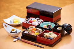 Enjoy a Japanese Kaiseki style Fine Dining experience. Local and seasonal ingredients are prepared by talented chefs using traditional Japanese cooking techniques