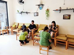 Apart from conventional massage methods, we also recommend you should try Swedish massage, hot stone massage and Thai yoga massage. It will make you relax most, reduce fatigue, assist rehabilitation better and improve your sleep.  #backneckshoulder #naturaspamassage #spahoian #massagehoian #massageuytin #spa #stayyoung ----------------------------------------------------------------------------------- Natura Spa ⛪Add: 47 Trần Cao Vân, Cẩm Phô, Hội An ☎️ Hotline: 0982317545 👉 Facebook or Google