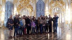 Excursiones por San Petersburgo en español con Anna Korol www.paseosaneters.com Reserva el tour privado o en el grupo guiasanpeters@gmail.com  Anna Korol guia en español por San Petersburgo
