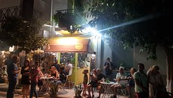 happy customers enjoy their smoothies/mocktails at tropicANNA Healthy bar