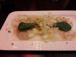 Carpaccio de Cabillaud - Pomme verte - Vinaigrette huile de noix