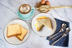Egg Toast and Condensed Milk Margarine Toast