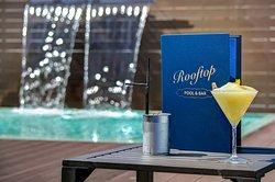Rooftop Bar & Pool