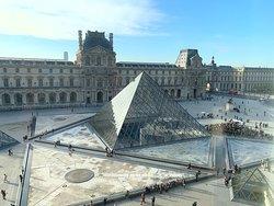 Le Louvre .
