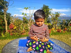 The greatest gifts you can give your children are the roots of responsibility and the wings of independence. So, show your children the way of meditation 👌🙏❤️ #yogapose #YogaTeacherTraining #love #children #kids #kidsofinstagram #Nature #parents #parentsupport #MentalHealth #Meditation #magic #maturebeauty #parents #retreat #pokhara