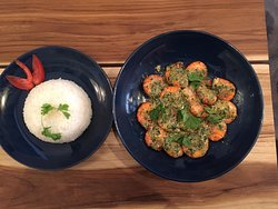 Crevette Pastagas, Shrimps cooked with french Pastis alcool served with rice