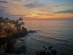 закат отель Маунт Лавиния