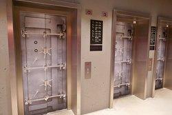 Aufzüge zur Lobby