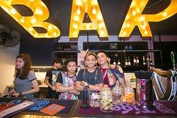 Tamu Bar's crazy crew
