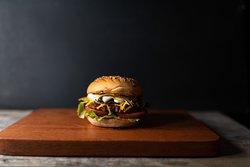 N°42 The McFly Vegan Beyond cheeseburger