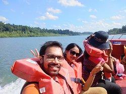 Speed boat toward Bartanga