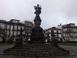 Estátua de Viana