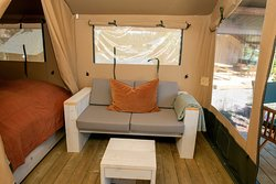 Tent with 3 or 4 beds