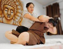 Mega Thai Massage & Spa
