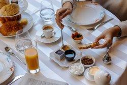 Petit-déjeuner hôtel des Quinconces