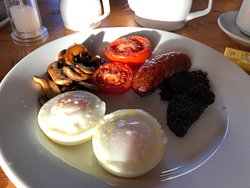 I don't like bacon, beans or fried bread - but I needn't have worried - beautifully cooked, including the eggs!