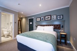 Upgraded double room with en-suite