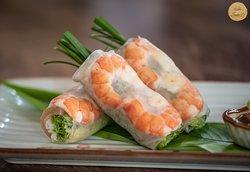 Gỏi cuốn tôm thịt - Fresh spring rolls with shrimps and pork