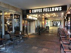 Coffee Fellows along Schützenstraße