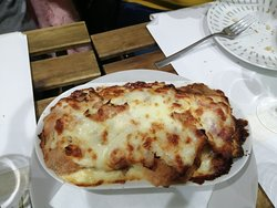 Relleno de queso, pan y carne