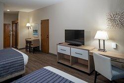 Ground Floor Marina Queen Guest Room TV & Desk View.