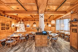 "Restaurant ""Schwarzwaldstube"" im H+ Hotel Stuttgart Herrenberg"