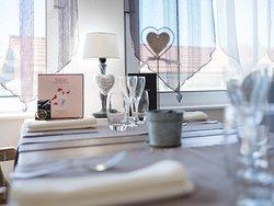 Hôtel Restaurant L'Écrin 88600 Grandvillers : 0329050870