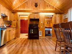 Sunset Cottage - kitchen and dining