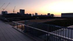夜明けの屋上