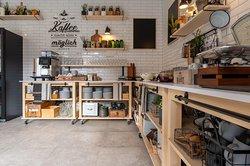 Breakfast area - Rezeption - Coffebar - Breakfatsbuffet