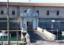 Il portale di ingresso alla Mole