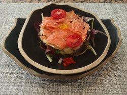 Menú Del Día Ensalada de Salmon con Vinagreta de Frambuesa