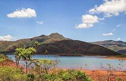 Parc de la Rivière Bleue , lac de Yaté