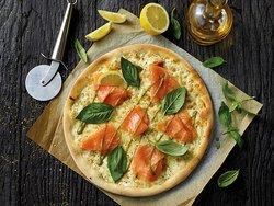 Pizza Salmone e basilico