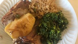 Prato do dia: Roasted pork with rice, baked apple and couve.