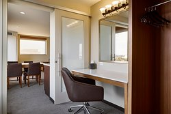 Riverfront Penthouse Suite Dressing Room