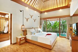 Featuring One Bedroom Villa with Private Pool and Jacuzzi.